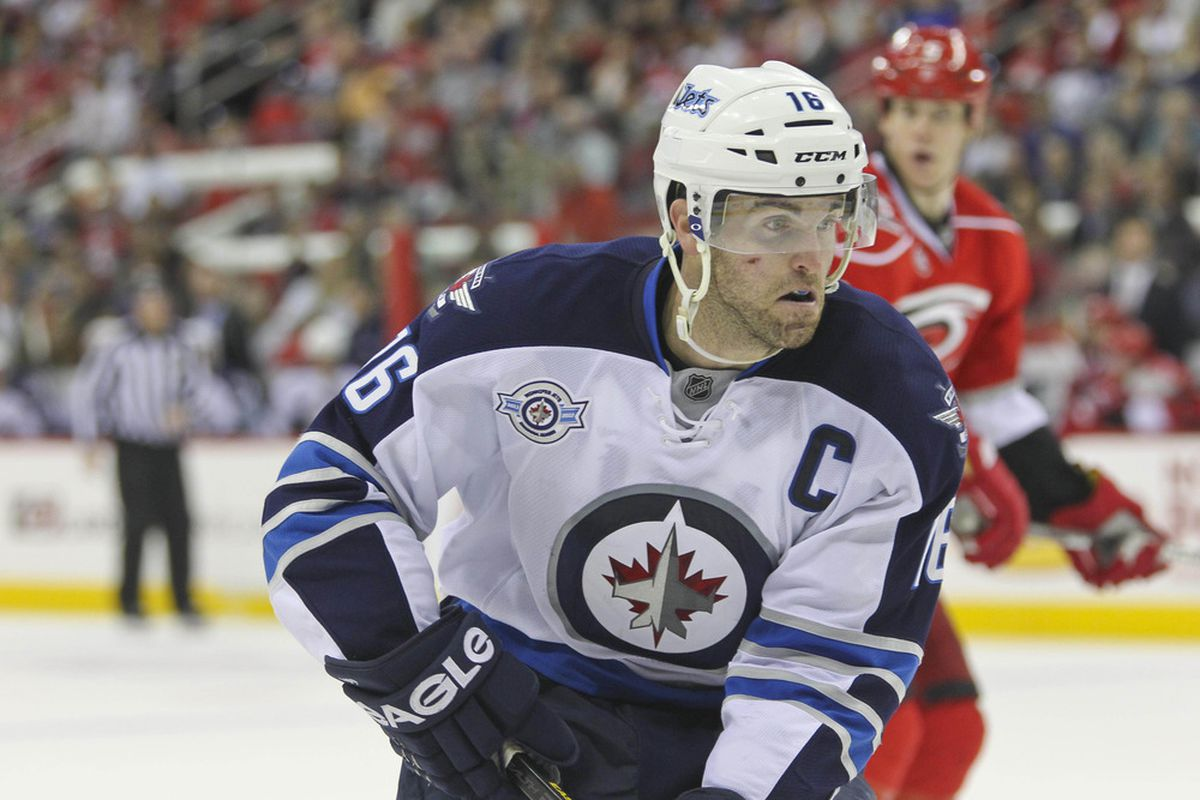 Andrew Ladd made his 500th game a memorable one, finishing as the game's 1st Star.