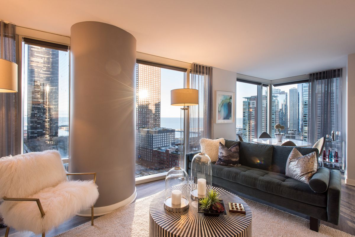 A Tour Through Streeterville S New Moment High Rise