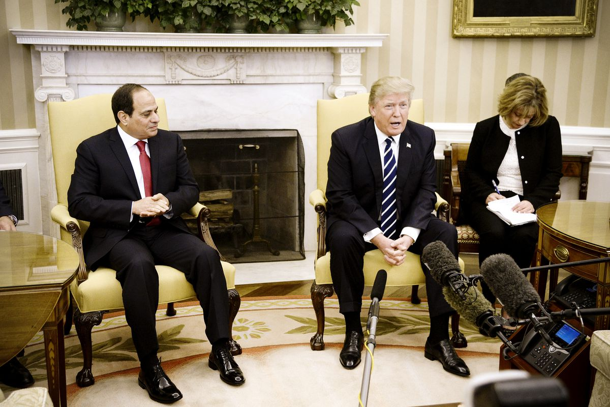 U.S. President Donald Trump (R) meets with Egyptian President Abdel Fattah el-Sisi in the Oval Office of the White House on April 3, 2017 in Washington, DC. President Trump and President Al Sisi are scheduled to participate in an expanded bilateral meetin