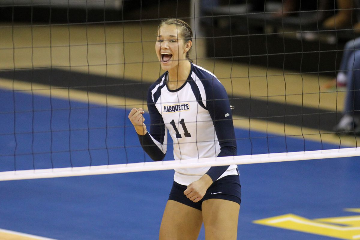Lindsey Gosh's 13th kill was the match winner against Butler.