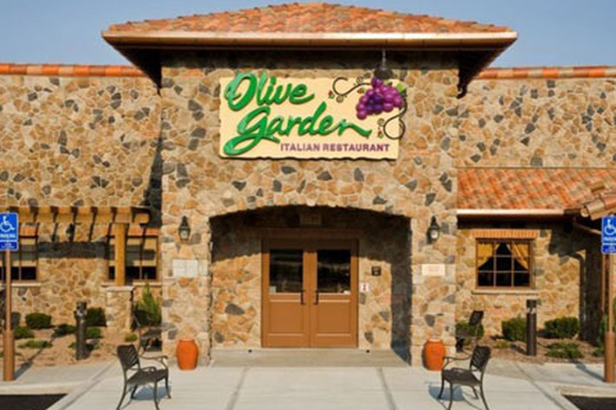 Confiscated Cupcake; Olive Garden\'s Enduring Mediocrity - Eater Boston