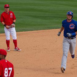 Bryant home-run trot -