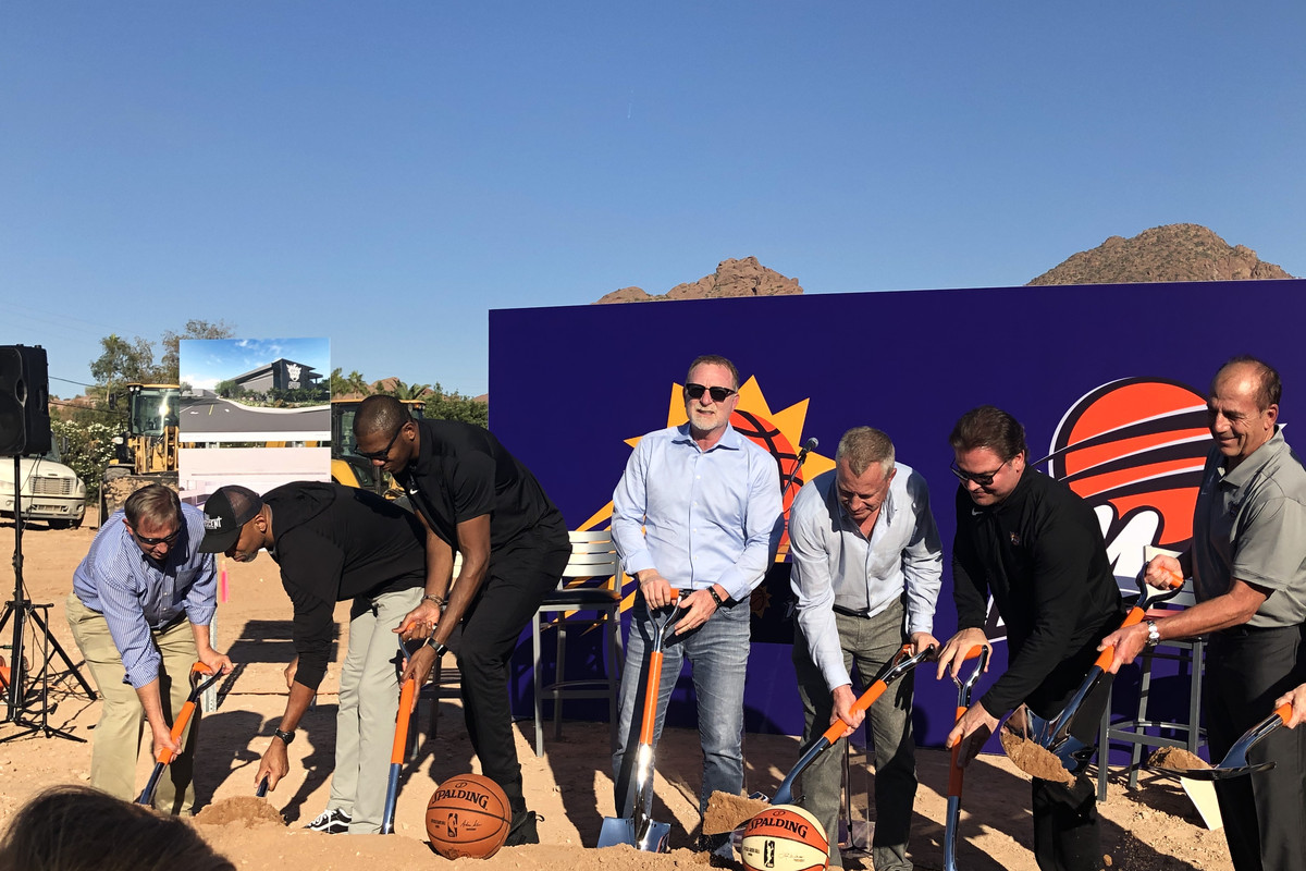"""Robert Sarver speaks: Phoenix Suns """"in a much better place"""""""