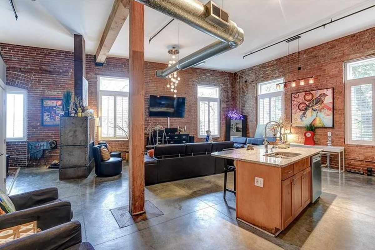For 227k castleberry hill loft is airy artful and for 10 foot ceiling house plans