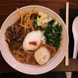 """Dassara Ramen at Dassara by <a href=""""https://www.flickr.com/photos/foodforfel/12913545033/in/pool-eater/"""">foodforfel"""