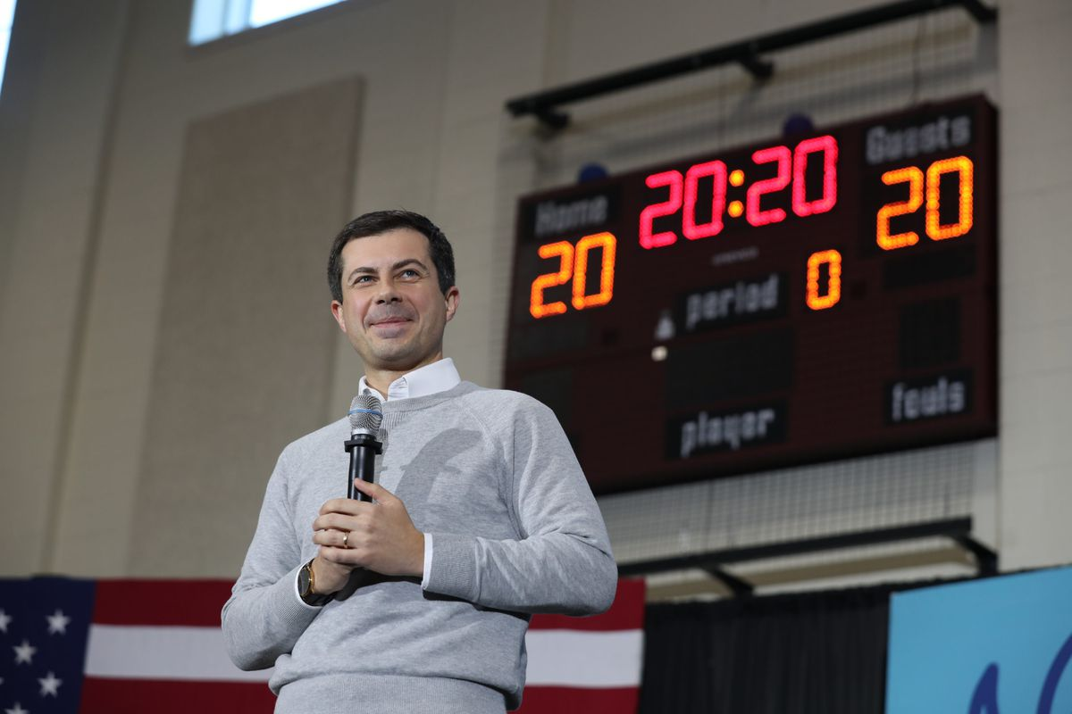 NEW HAMPTON, NEW HAMPSHIRE - NOVEMBER 09: Democratic presidential candidate South Bend, Indiana Mayor Pete Buttigieg speaks during a town hall event at Lebanon Middle School. (Photo by Joe Raedle/Getty Images)