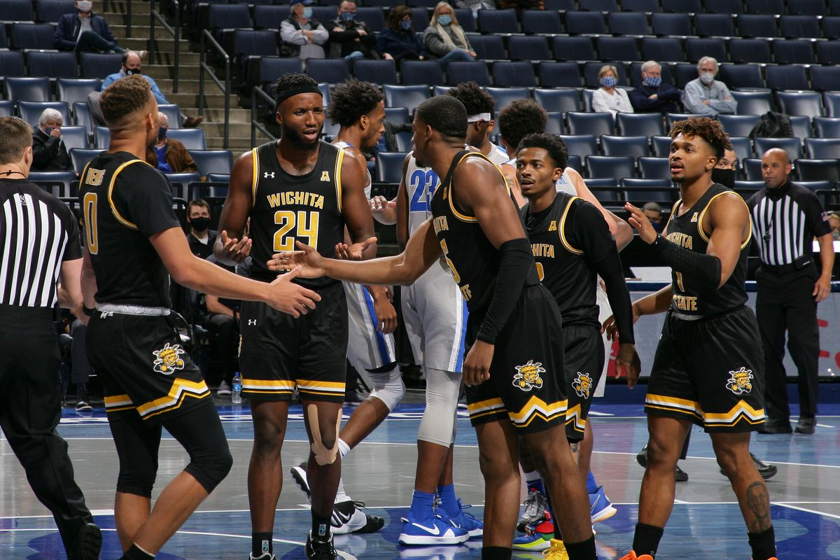 Dexter Dennis #0, Morris Udeze #24, Trey Wade #5, Craig Porter Jr. #2 and Tyson Etienne #1 of the Wichita State Shockers during a game against the Memphis Tigers on January 21, 2021 at FedExForum in Memphis, Tennessee. Memphis defeated Wichita State 72-52.