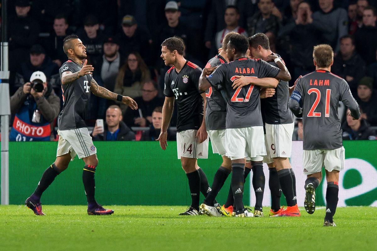 PSV Eindhoven vs Bayern Munich - UEFA Champions League