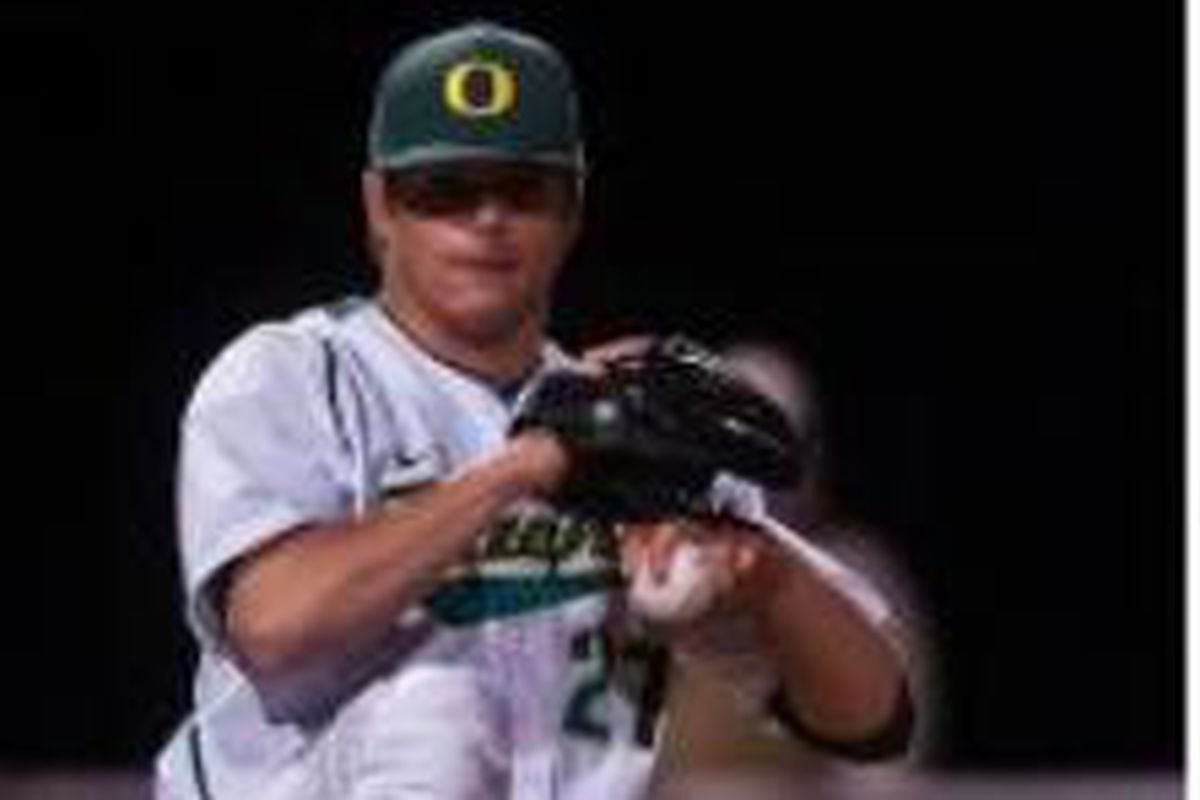 Tommy Thorpe 2 hit Oregon St. to lead Oregon to a 3-0 win in the Civil War weekend series opener.