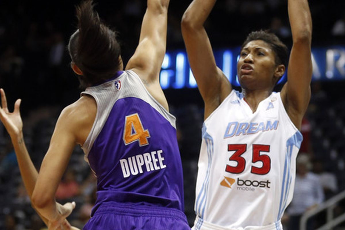 Angel McCoughtry led five Dream players in double figures scoring.