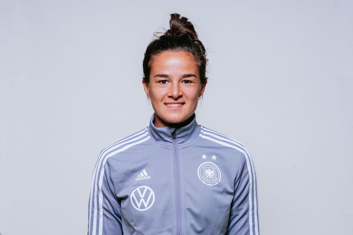 DFB U17-Junior Girls - Portraits And Action