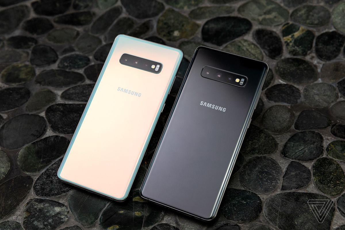 Полукровка и флагманы: главное о новых Samsung Galaxy Fold и S10