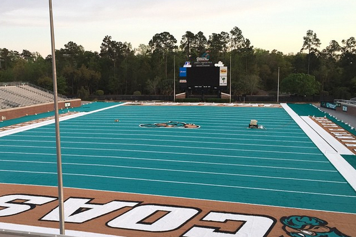 Coastal Carolina Moving Up From FCS To Join Sun Belt Conference SBNation com