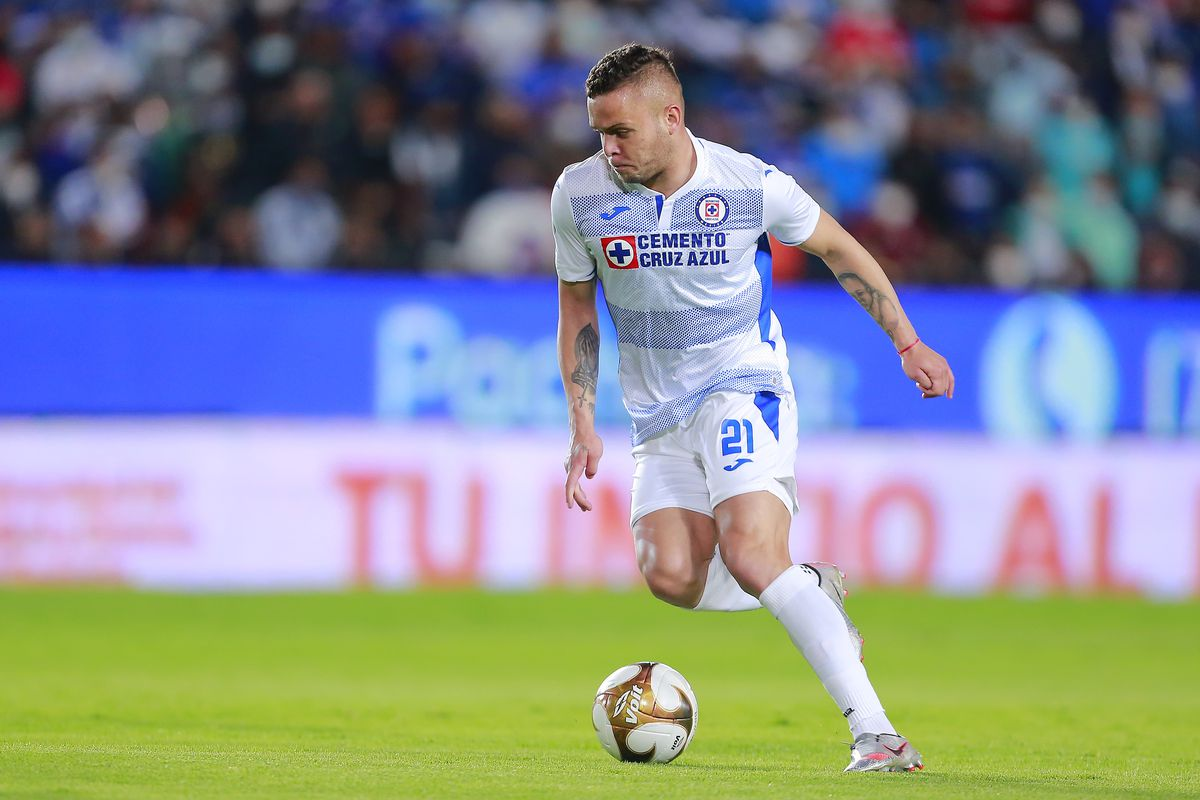 """While he wasn't the goalscorer in the match, Jonathan """"Cabecita"""" Rodríguez continues to be Cruz Azul's most dangerous scoring threat."""