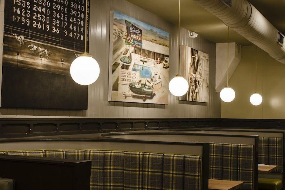 "<a href=""http://charleston.eater.com/archives/2012/12/11/inside-the-rarebit-future-home-of-4-burgers.php"">The Rarebit, Charleston</a>"