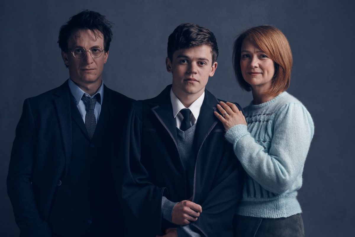 grown-up harry potter cursed child
