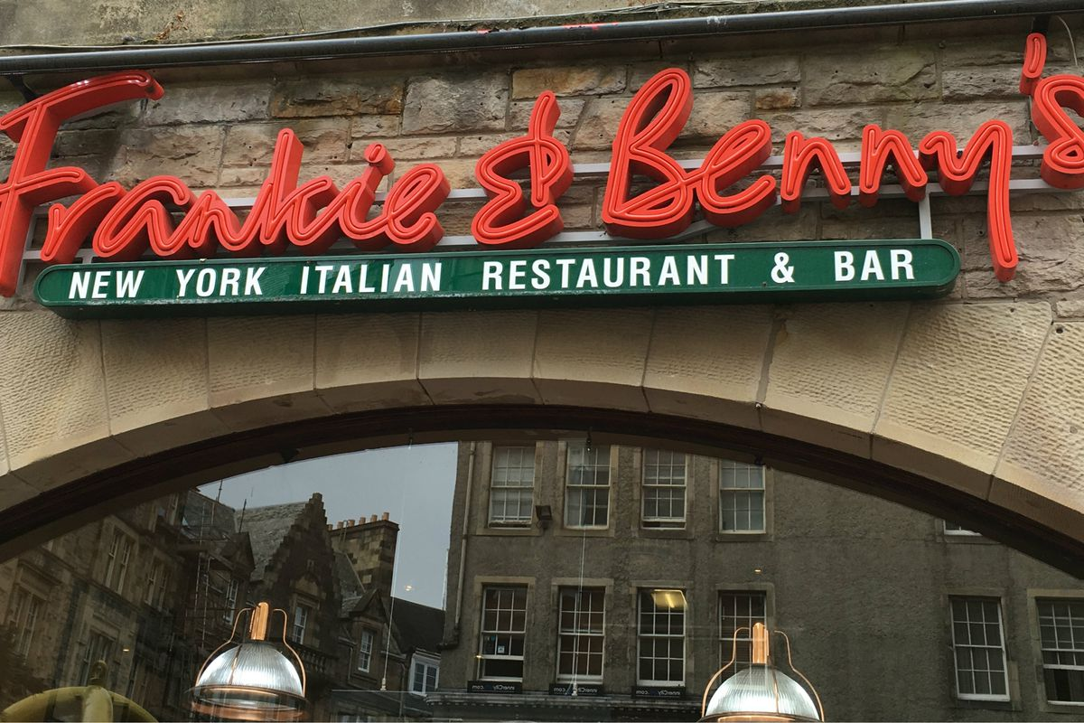 Frankie and Bennys Italian American restaurant and bar will lock up mobile phones