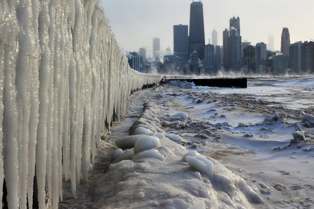 6542892e5 Heavy snow expected Friday night before bitter cold hits Chicago ...