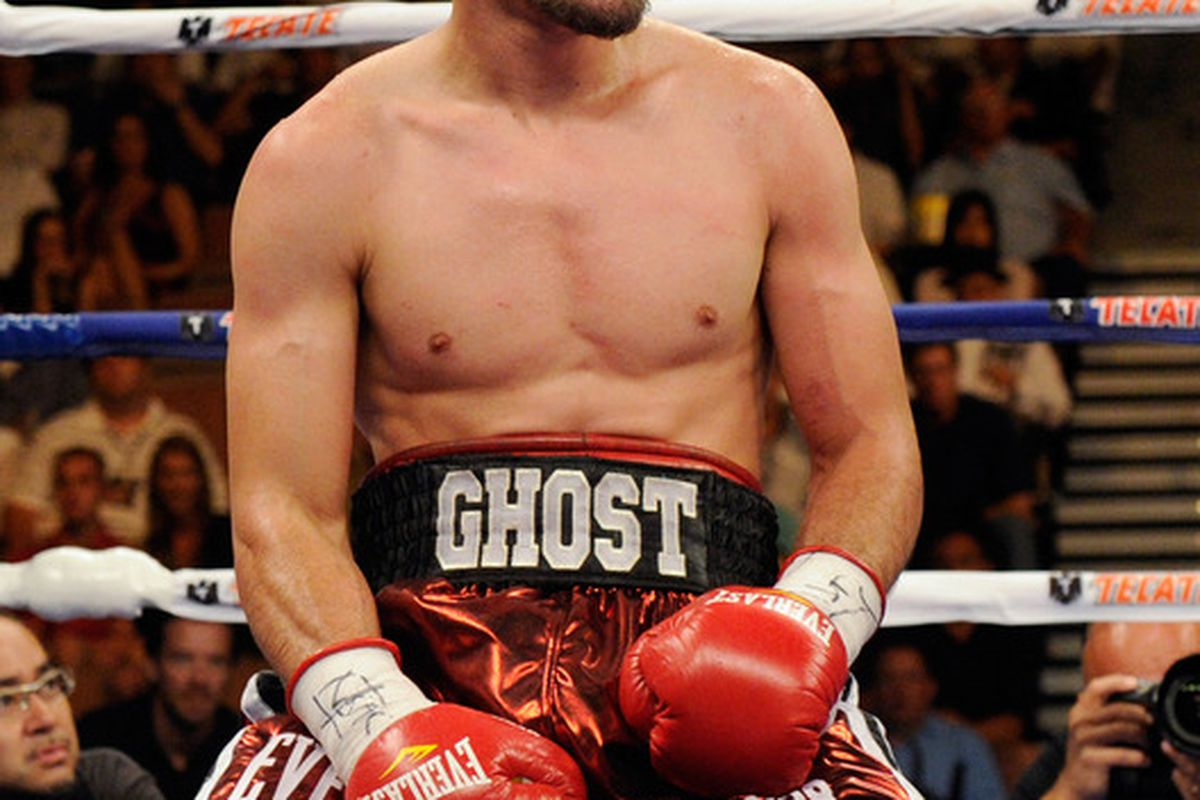 Robert Guerrero just can't get a break. (Photo by Ethan Miller/Getty Images)