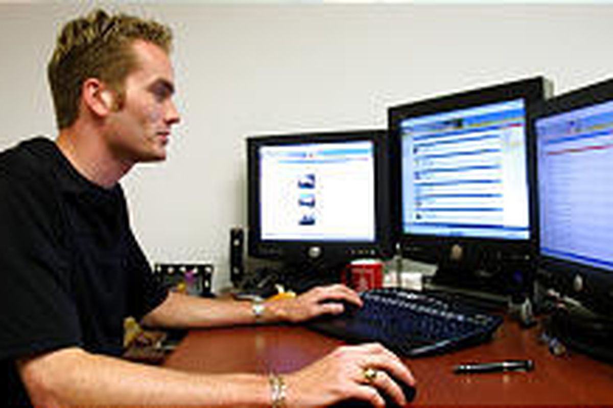 Marcus Robinson helped develop a virtual orientation Web site for students at the University of Dayton.