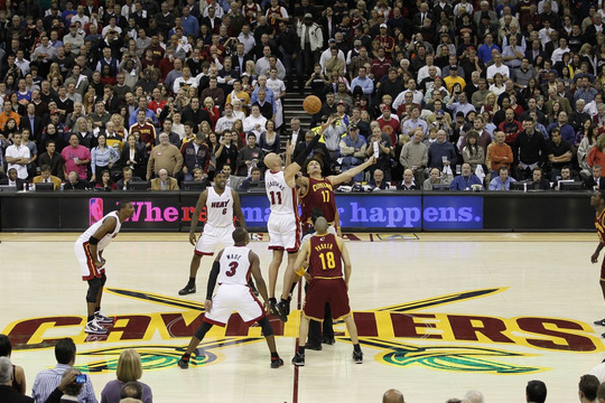 There are no pictures of Z in a Cavaliers uniform on file so this is as close as it gets.