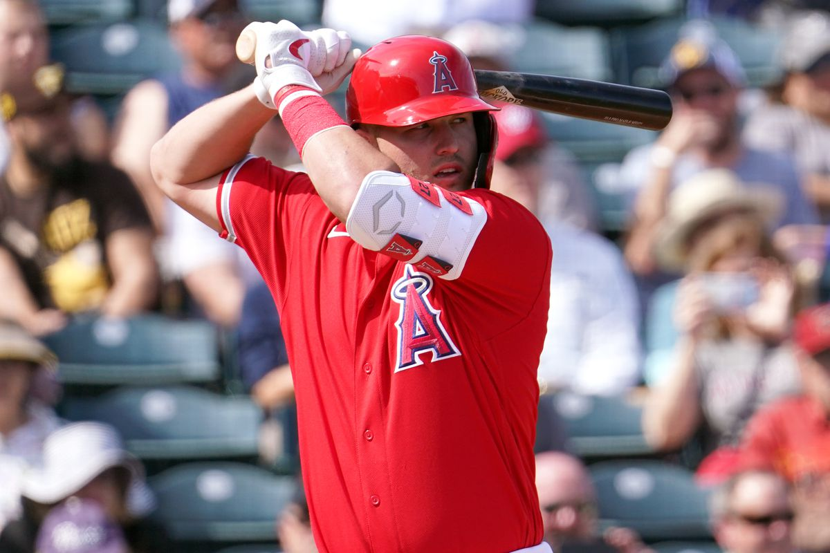 Mike Trout of the Los Angeles Angels bats during the spring training game against the San Diego Padres on February 27, 2020 in Tempe, Arizona.