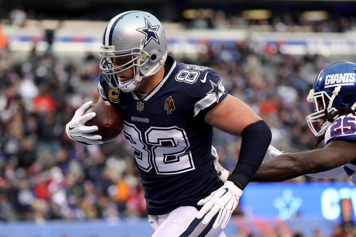 3b6914ec195 Jason Witten officially rejoins Cowboys with a $2 million base salary,  one-year contract