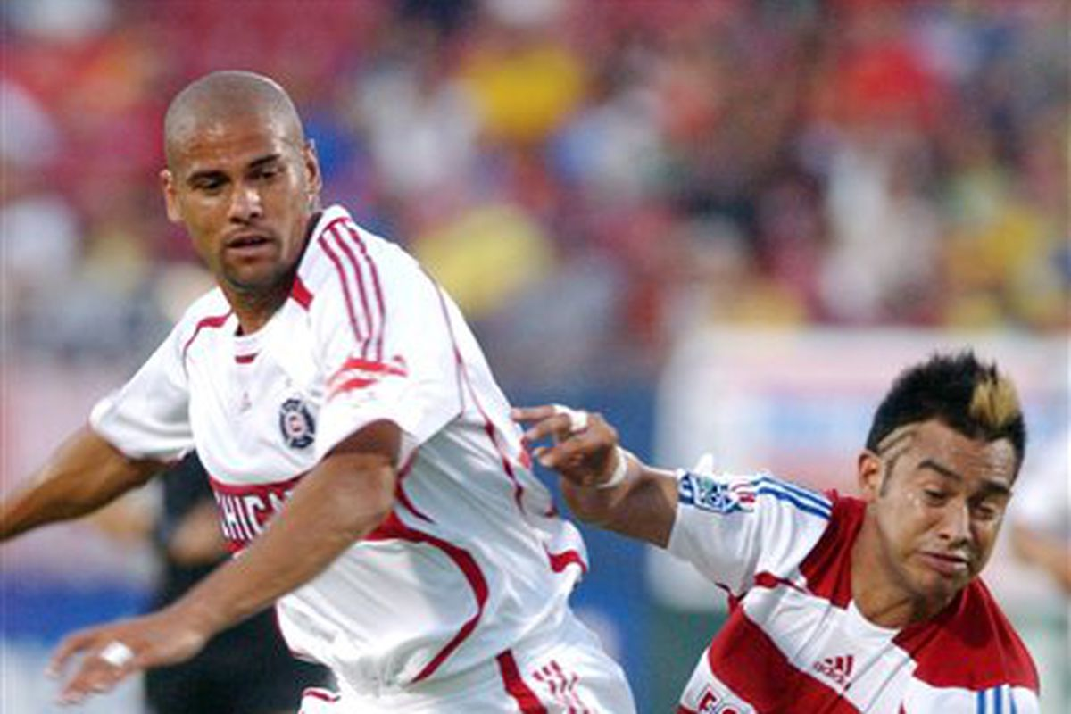 Today's news left me - admittedly for the first time - feeling the tiniest bit sympathetic for Ruiz' plight in this all-time MLS classic photo.
