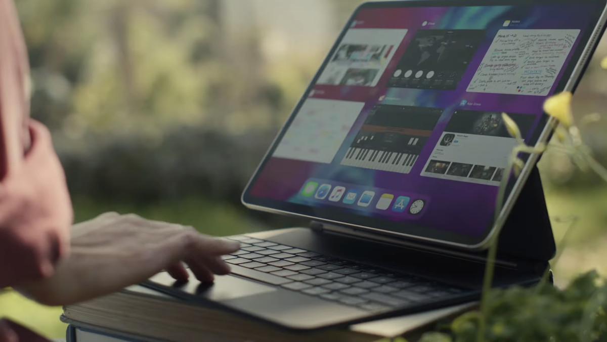 El iPad Pro más grande de Apple con Magic Keyboard pesa ...