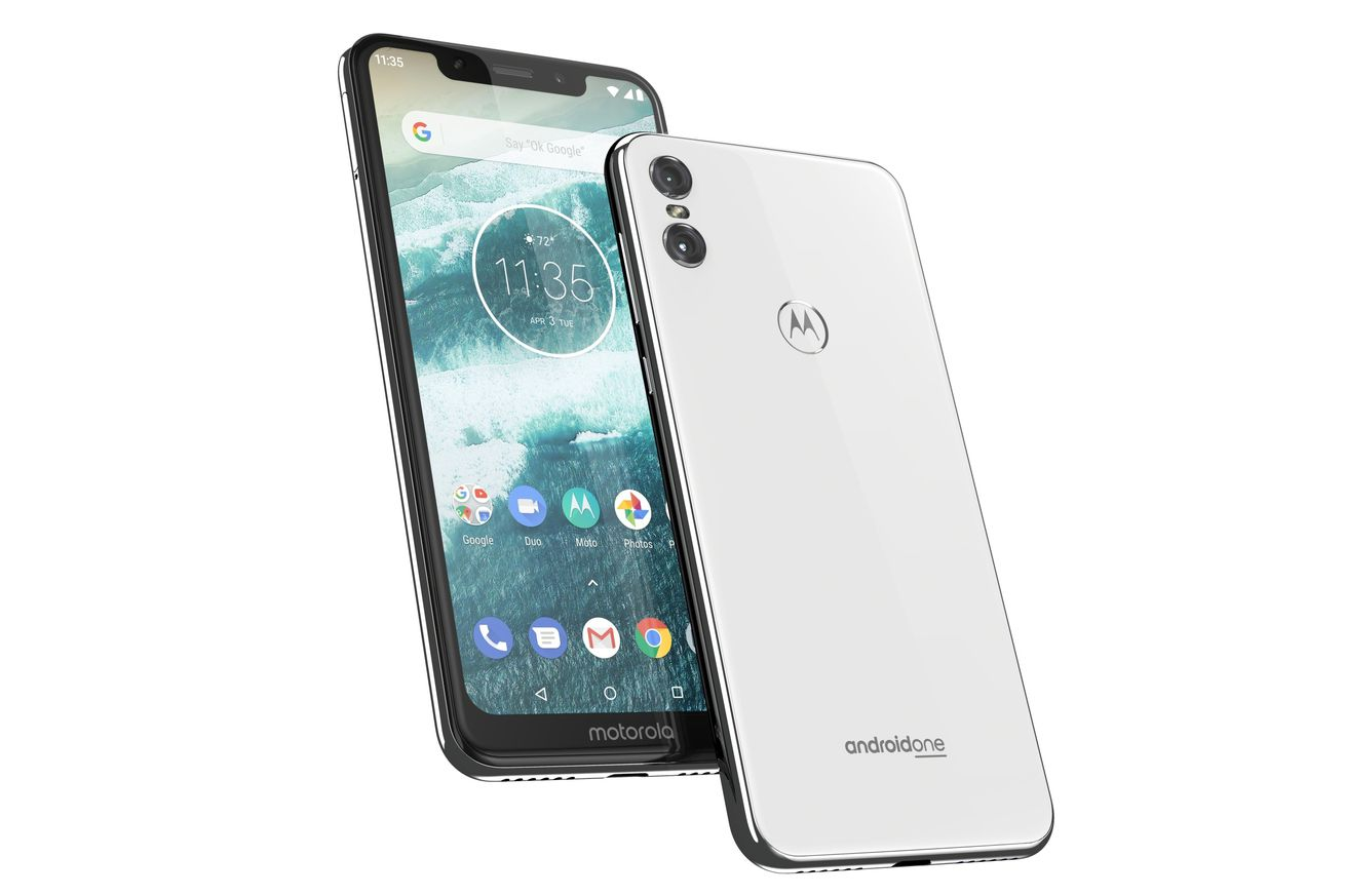 motorola s notched android one smartphone is coming to the us for 399
