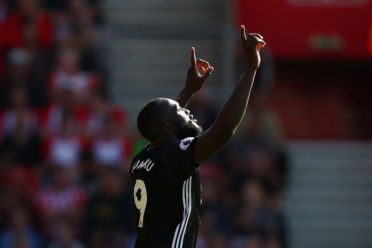 Man U to check CCTV to find offensive Lukaku chant culprits