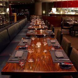 The main dining room at Gordon Ramsay Steak.
