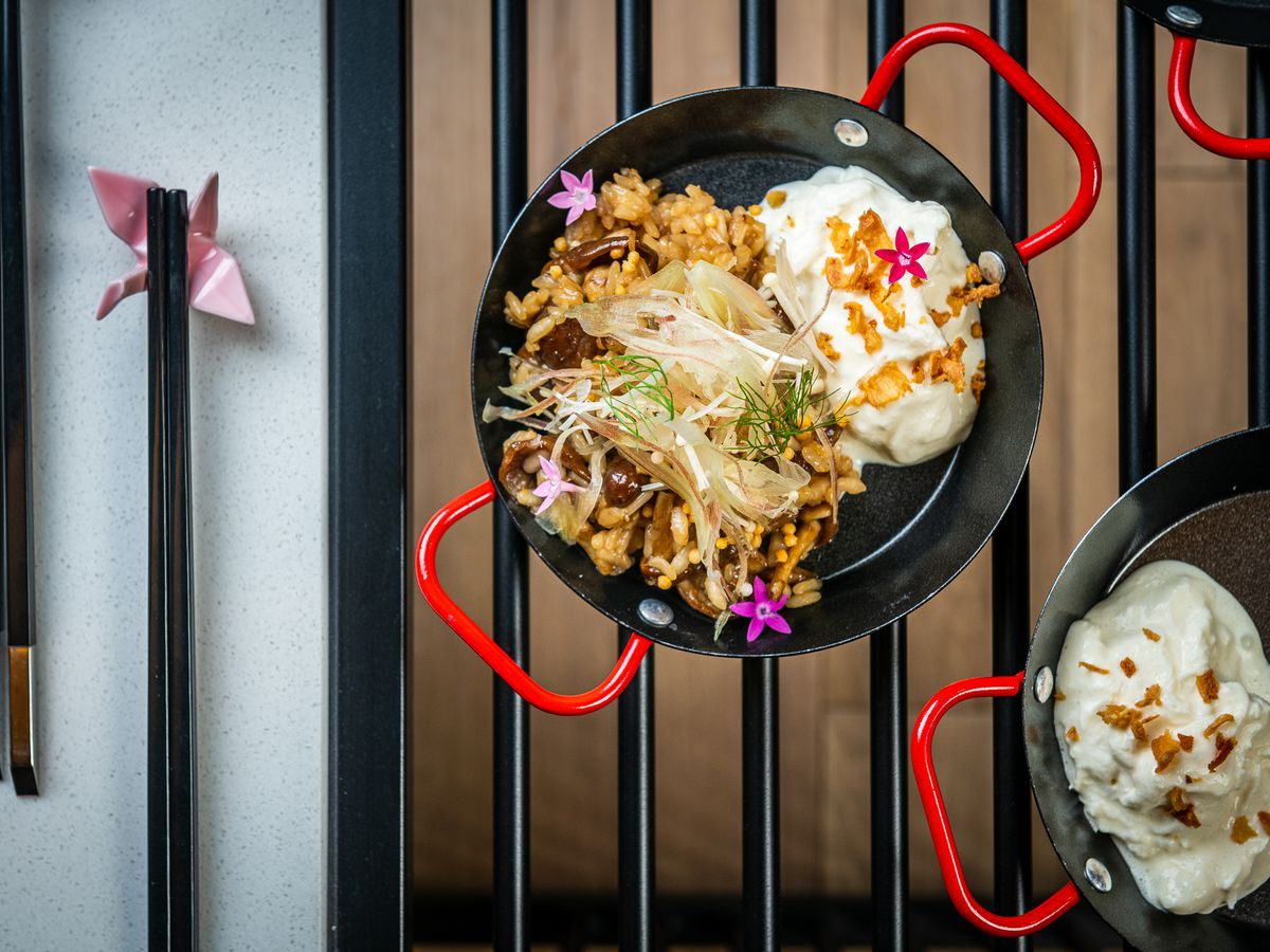 Mushroom rice from Cranes