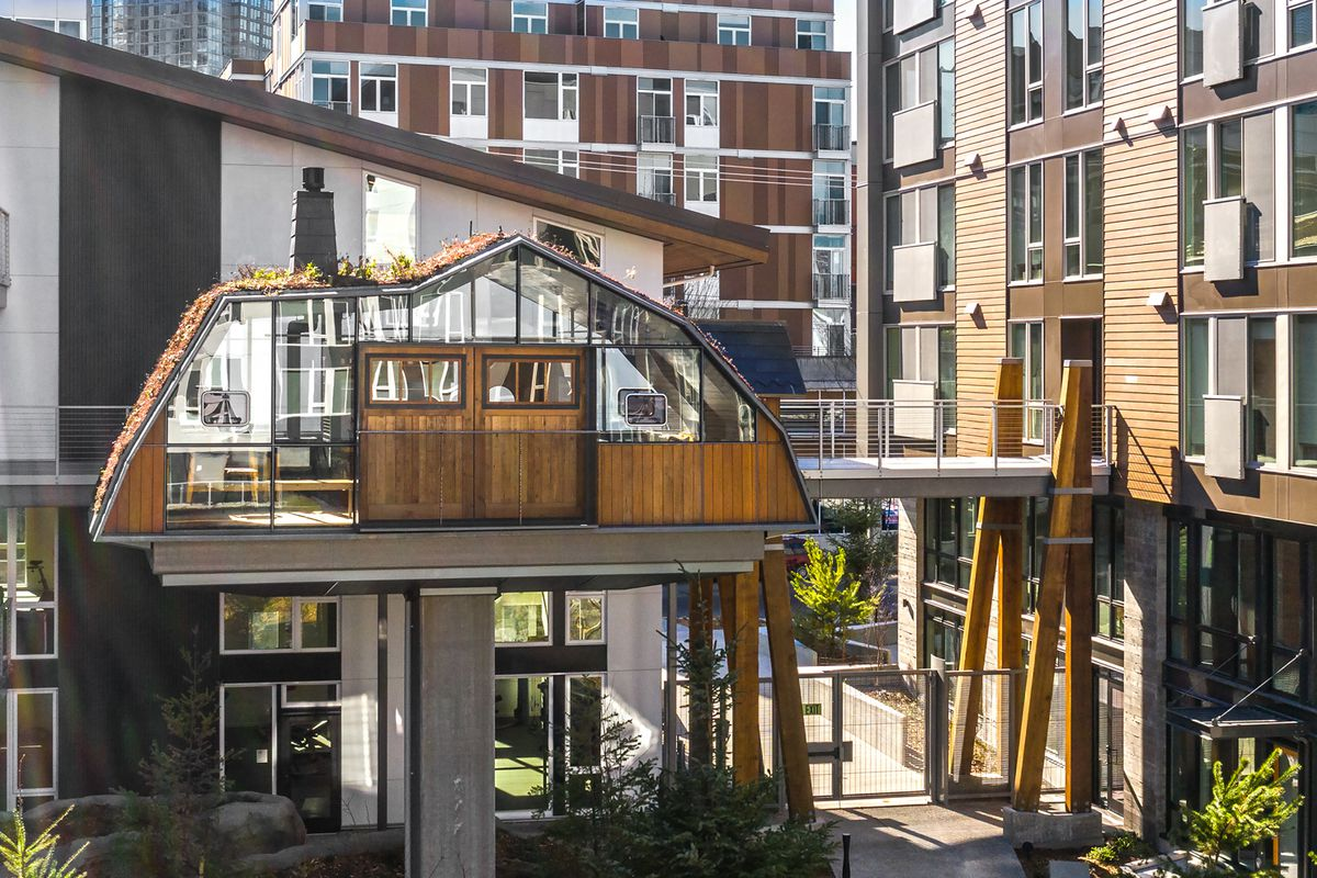 The latest SLU apartment amenity is a communal treehouse ...