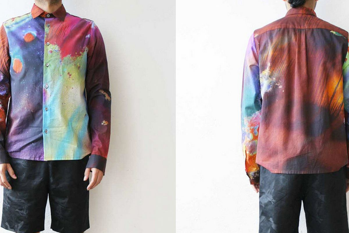 """Image <a href=""""http://weltenbuerger.org/collections/julian-zigerli/products/mirage-shirt-1"""">via</a>"""