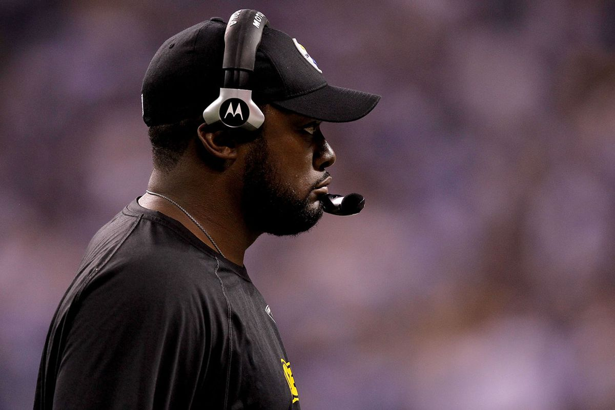 INDIANAPOLIS, IN - SEPTEMBER 25:  Head coach Mike Tomlin of the Pittsburgh Steelers on the sidelines against the Indianapolis Colts at Lucas Oil Stadium on September 25, 2011 in Indianapolis, Indiana.  (Photo by Matthew Stockman/Getty Images)