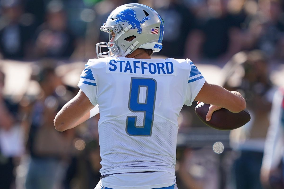 Matthew Stafford #9 of the Detroit Lions drops back to pass against the Oakland Raiders during the first quarter of an NFL football game at RingCentral Coliseum on November 03, 2019 in Oakland, California.