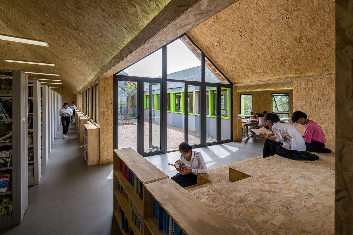 Kids inside library