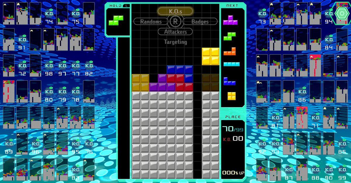 A Tetris pro helped me survive Tetris 99's first big