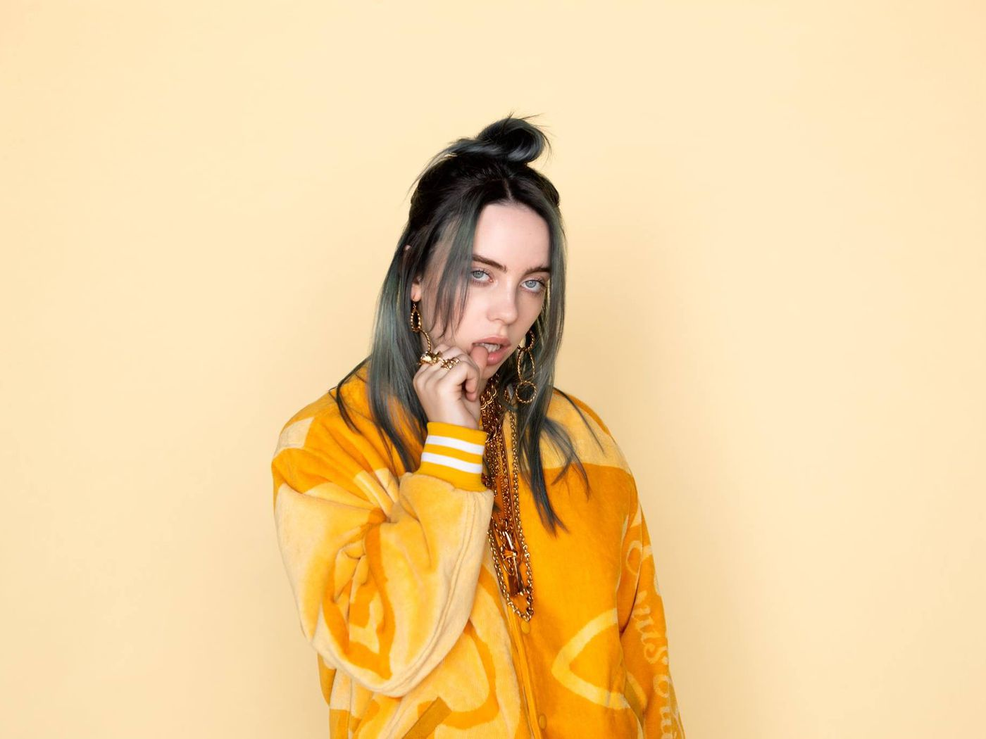 Who Is Billie Eilish The 17 Year Old Pop Star Ruling The