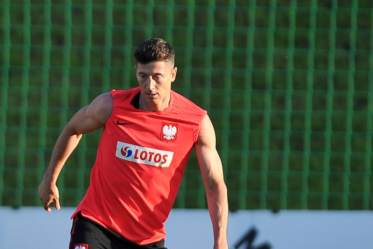 ARLAMOW, POLAND - MAY 30: Robert Lewandowski during a training session of the Polish national team at Arlamow Hotel during the second phase of preparation for the 2018 FIFA World Cup Russia on May 30, 2018 in Arlamow, Poland.