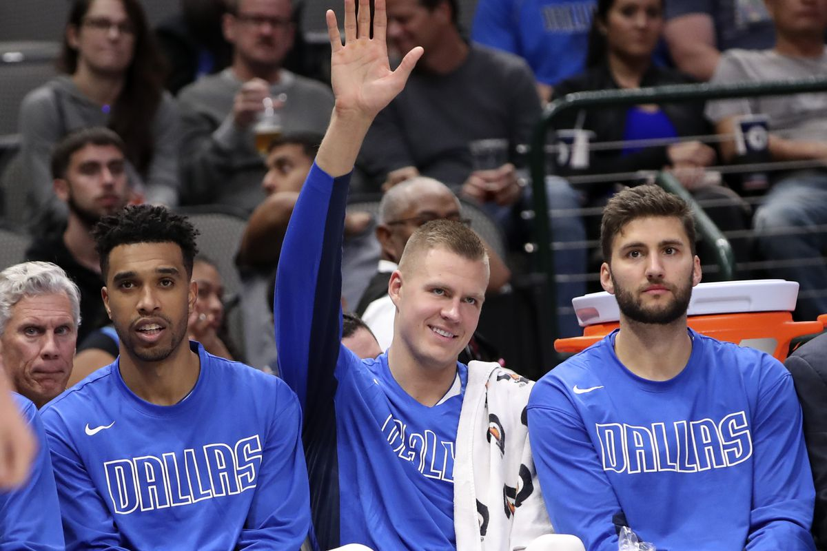 3 observations from the Mavericks' 107-70 (first) preseason win against the Thunder