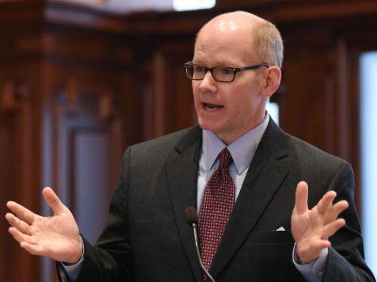 State Sen. Don Harmon (D-Oak Park).