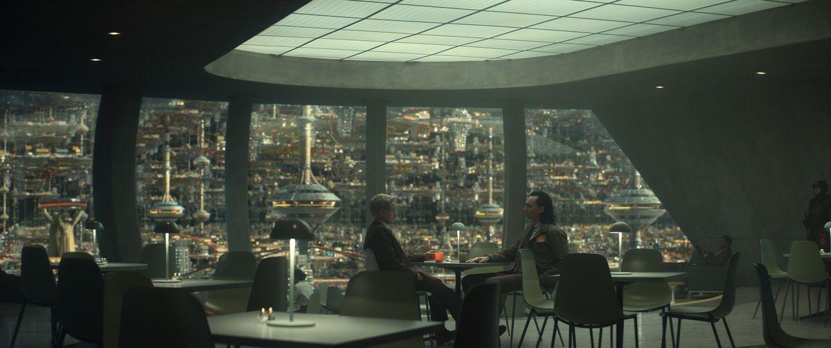 Mobius (Owen Wilson) and Loki (Tom Hiddelston) in Loki