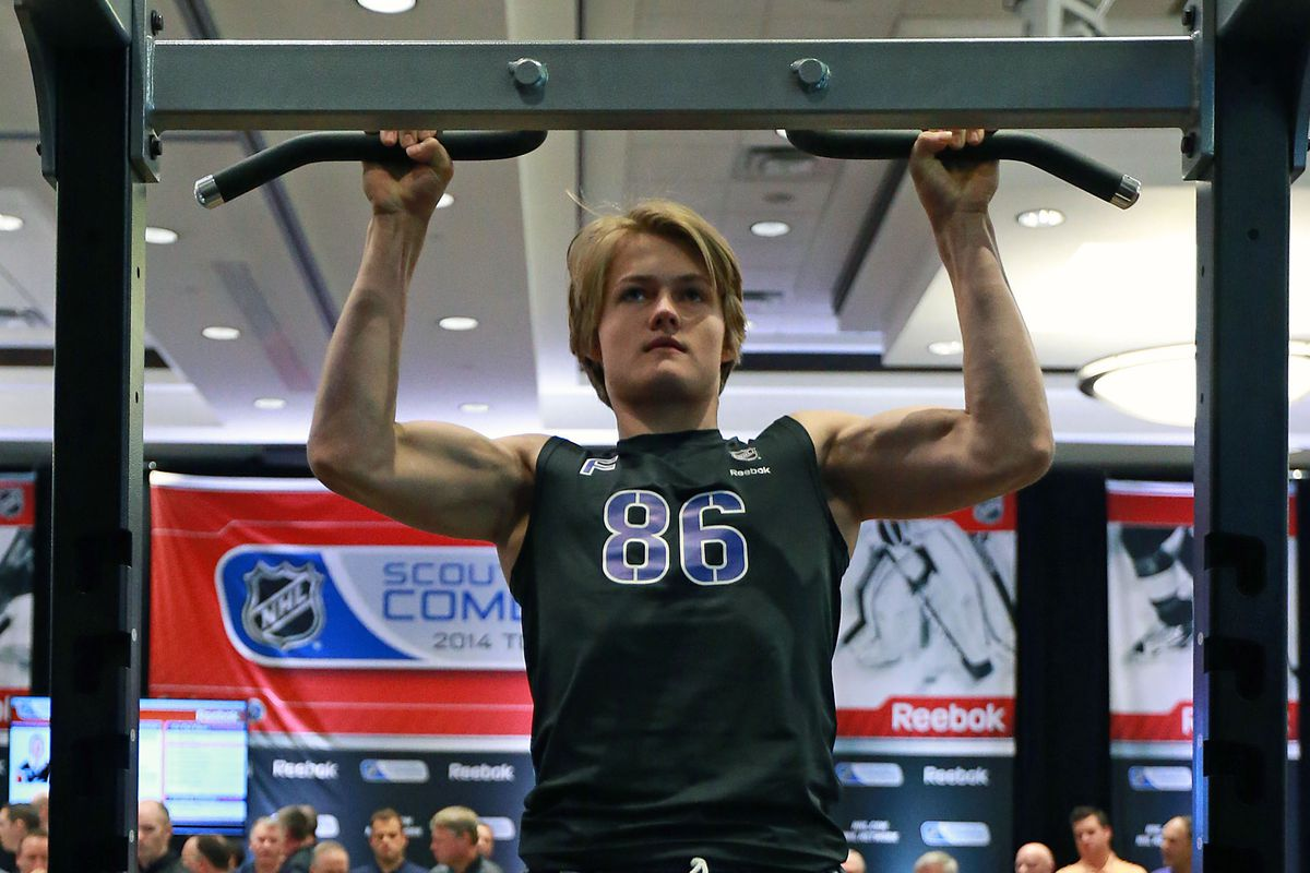 David Pastrnak's friend William Nylander of the Maple Leafs at the NHL Combine