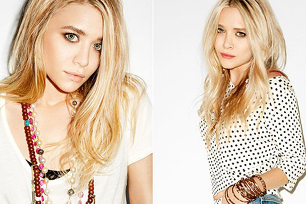 """The Olsen twins in StyleMint tees Photo via the <a href=""""http://www.facebook.com/StyleMint#!/media/set/?set=a.171774096216193.43689.156009554459314&amp;type=3"""">StyleMint Facebook page</a>."""