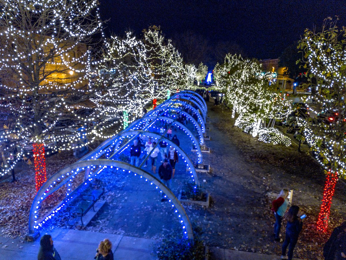 9 Great Places To See Christmas Lights Around Atlanta