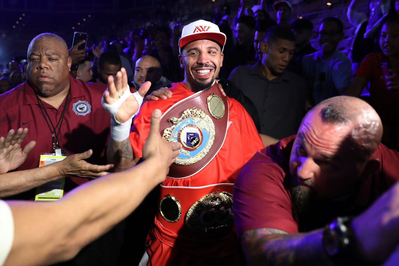 697118482.jpg.0 - Ward stresses that he's retired, not coming back to boxing