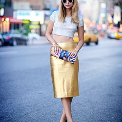 """Liz of <a href=""""http://www.lateafternoonblog.com""""target=""""_blank"""">Late Afternoon</a> is wearing a Zara skirt, a Topshop top, <a href=""""http://www.jcrew.com/womens_category/shoes.jsp?srcCode=AFFI00001&siteId=QFGLnEolOWg-aYdAUY82ubQfmwSemI6lEw""""target=""""_blank"""""""
