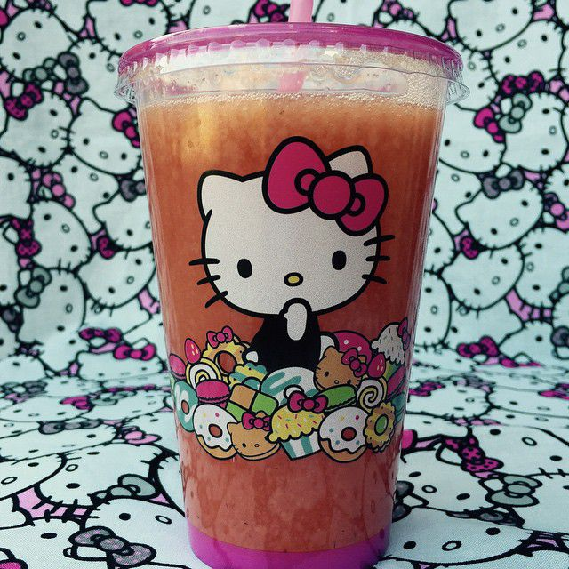 Hello Kitty lemonade